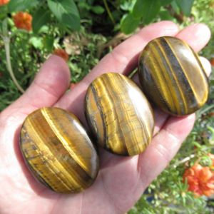 MT-Soothing Stone Tiger Eye 40mm