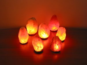 Read more about the article Himalayan Salt Lamps: What Are The Benefits?
