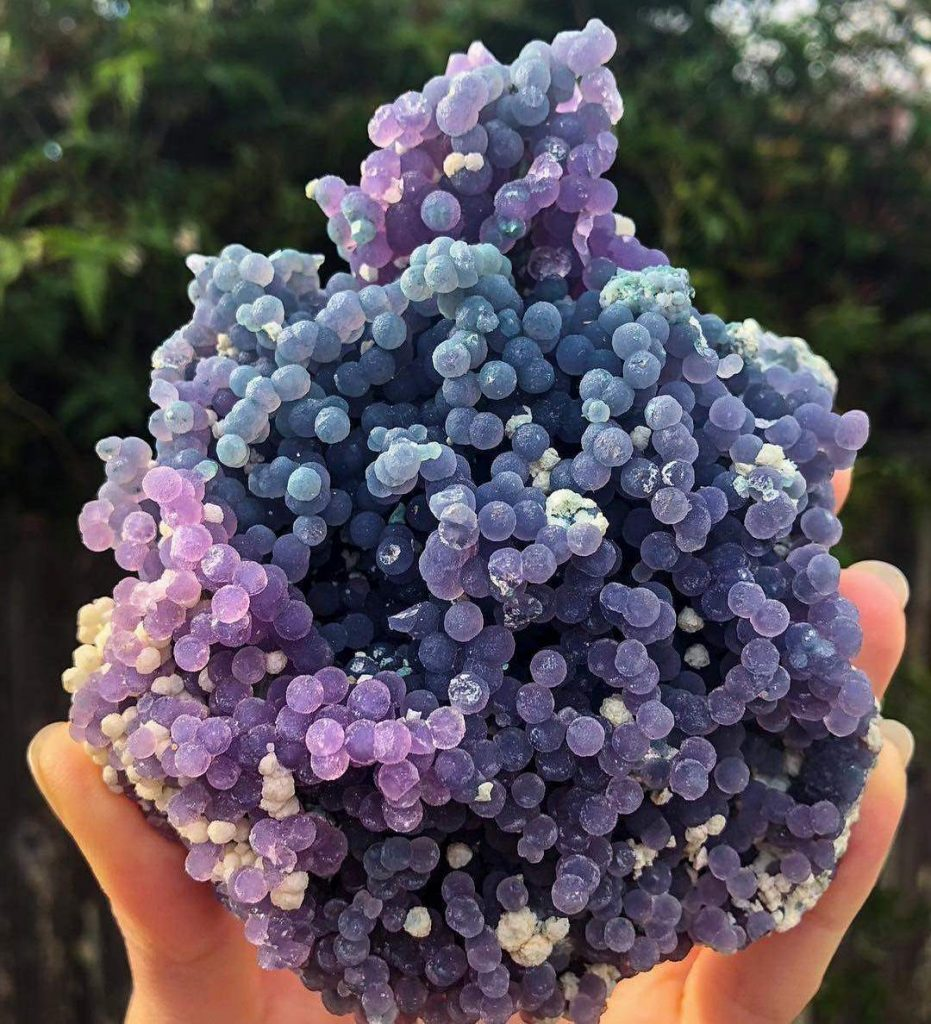 What Is Grape Agate?